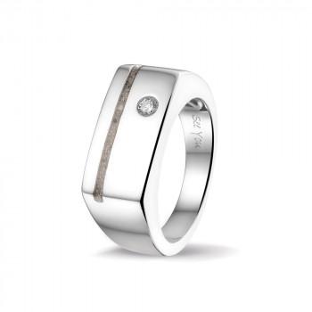 zilver-brede-heren-ring-n-smalle-ruimte-zirkonia_sy-rg-040_seeyou-memorial-jewelry_433_geboortesieraden