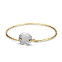 Zilveren vingerafdruk aan smalle armband in zilver of goud