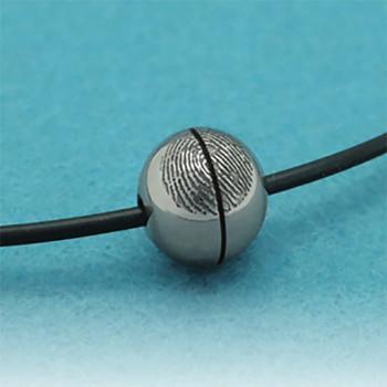 vingerafdruk-hanger-ball-siliconen-zwart_nano-1302_geboortesieraden