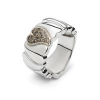 Zilveren brede stoere ring met hart