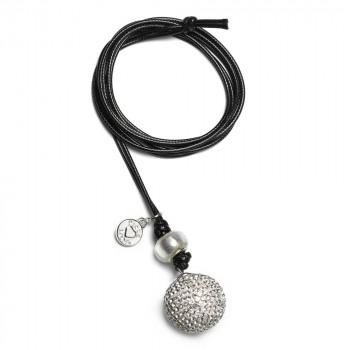 babybell-basic-rond-bal-zilverkleur-met-steentjes-zwart-koord_pm-446_proudmama_geboortesieraden_021