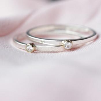 ring-geboorteringen-birth-fijn-maandsteen-geboortesteen-moedermelk-zilver-goud_mimmie-ringen_mimmie-3263