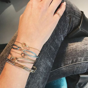 gouden-open-dubbele-circle-infinity-gravering-armband-persoon_jf-iconic_justfranky